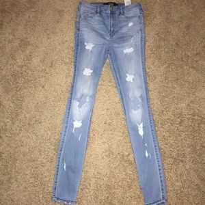 Hollister super skinny Highrise